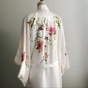 Vintage Embroidered Satin Bathrobe Birds Flowers